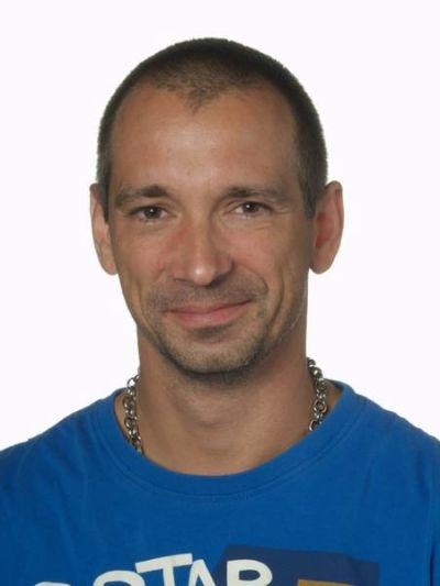 Brian Anesen (L)