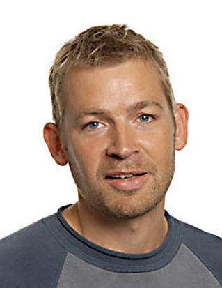 Torben Benoni (L)
