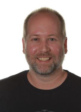 Jeremy Howard Switzer (L)