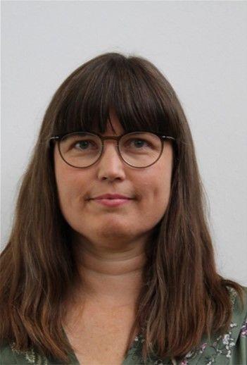 Stine Moestrup (L)