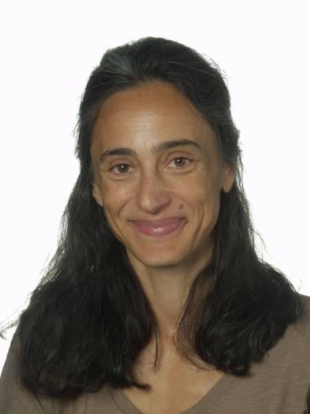 Teresa Alvarez Alonso (L)